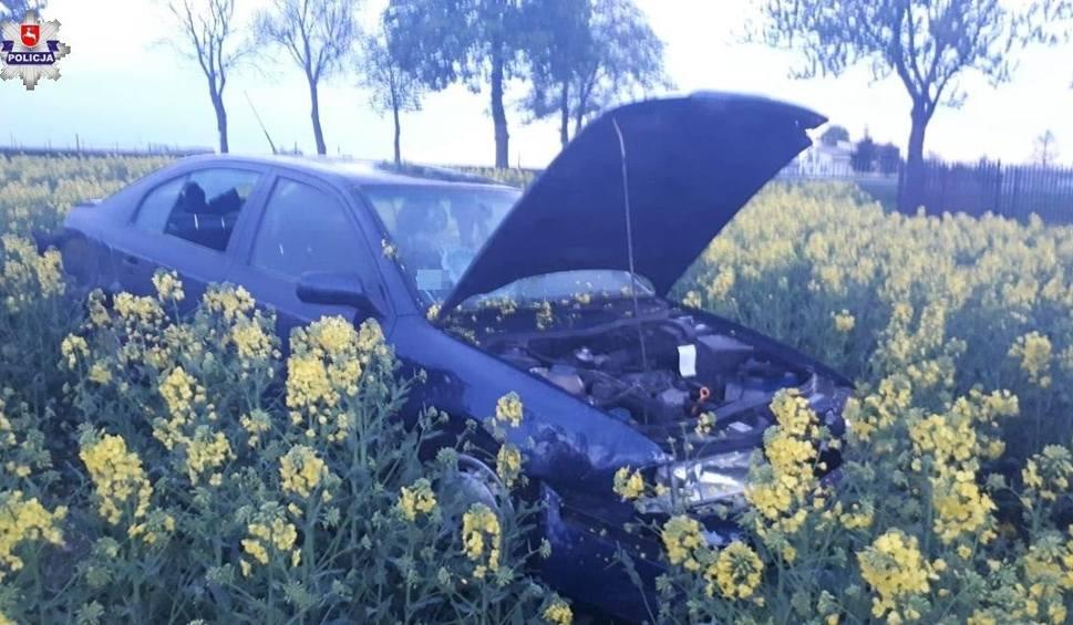 Film do artykułu: Pow. świdnicki: Kobieta straciła panowanie nad samochodem i wylądowała w rzepaku. Miała 0,5 promila