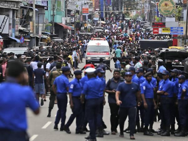 Terroryści uderzyli w kościoły katolickie i hotele na Sri Lance. Ponad 150 ofiar