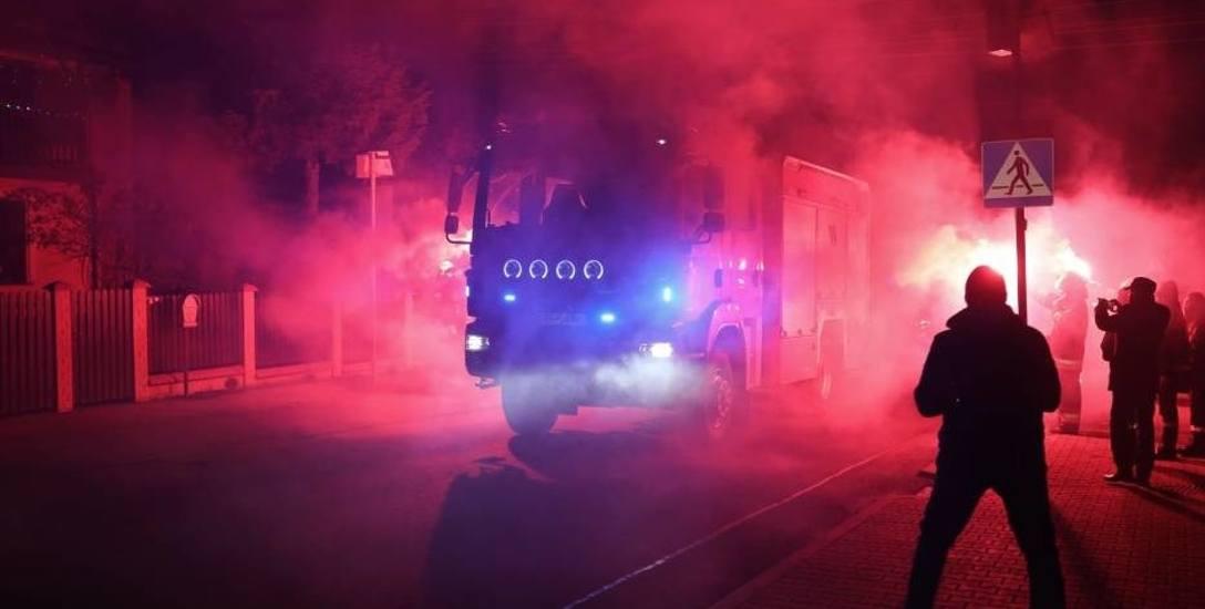 Ochotnicy z OSP Sączów w powiecie będzińskim mają już nowy strażacki wóz bojowy