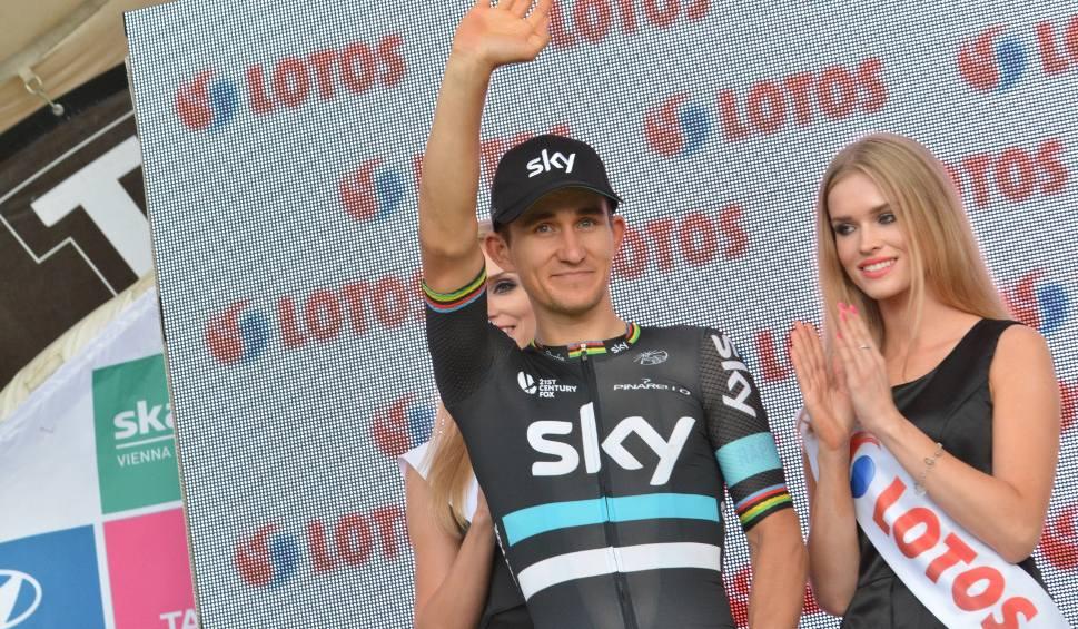 Film do artykułu: Co za wyścig! Michał Kwiatkowski wygrał słynny Mediolan - San Remo!