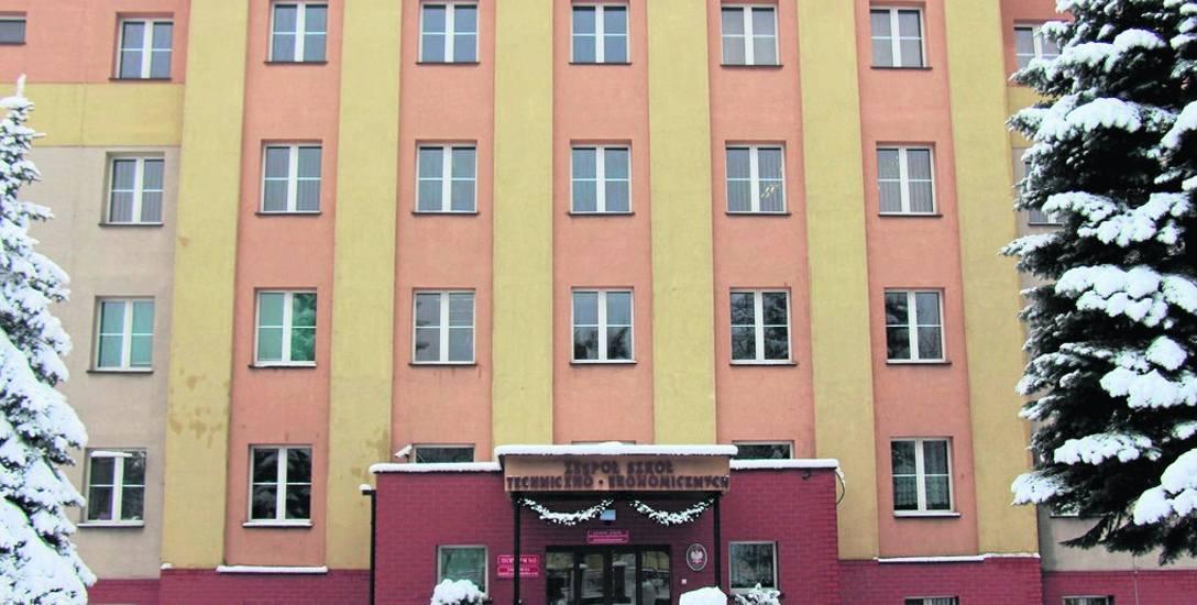 W budynku po ZSTE będzie funkcjonowała szkoła specjalna i filia powiatowego domu kultury