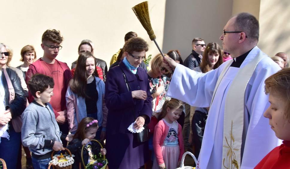 Film do artykułu: Wielkanocne Święcenie Pokarmów w świętokrzyskich kościołach