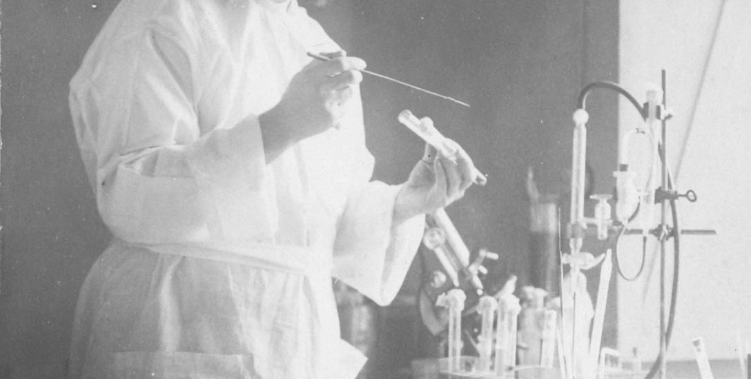 Rudolf Weigl stworzył szczepionkę przeciw tyfusowi. Mógł dostać za to Nobla, ale... wybrał bycie Polakiem