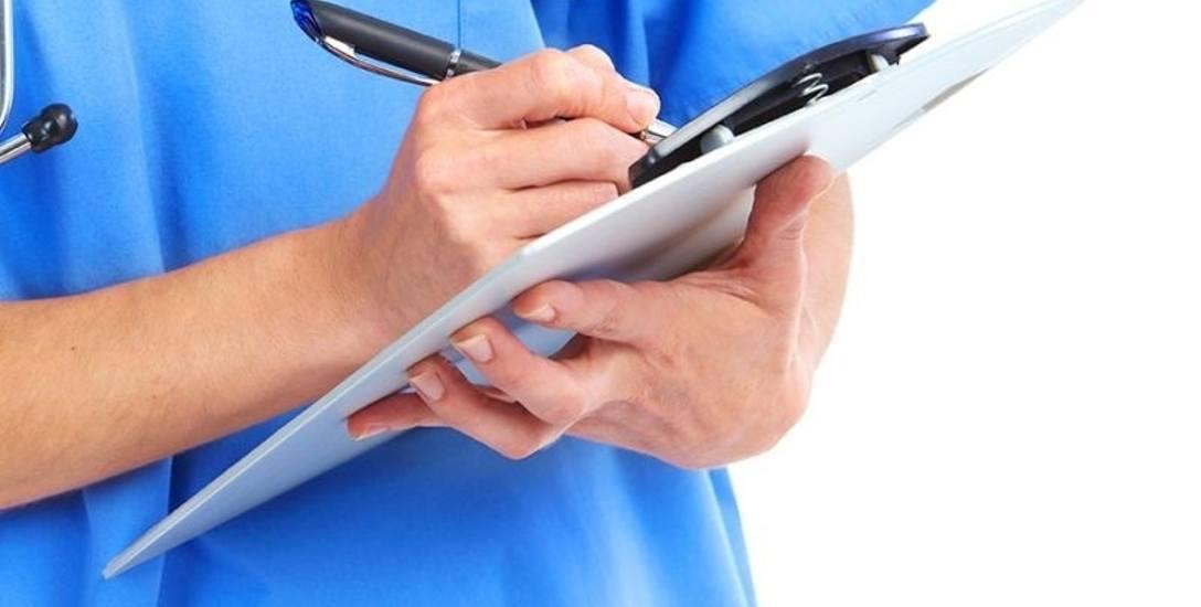 Do specjalisty już bez limitu, ale do wielu lekarzy nadal czeka się w kolejce