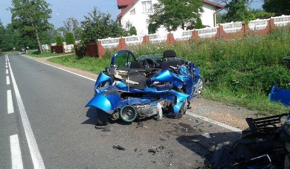 Film do artykułu: Gmina Głowaczów. Tragiczny wypadek w Miejskiej Dąbrowie. Nie żyje 34-letni mężczyzna