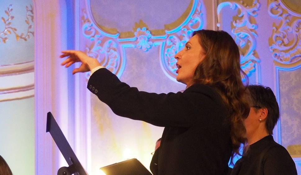 Film do artykułu: Pałac Branickich. Aula Magna. Zespół Muzyki Dawnej. Francuskie Boże Narodzenie (zdjęcia, wideo)