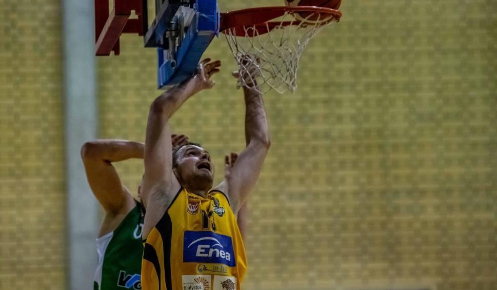 Film do artykułu: Żubry Leo-Sped Białystok i Tur Basket Bielsk Podlaski odprawili rywali z kwitkiem