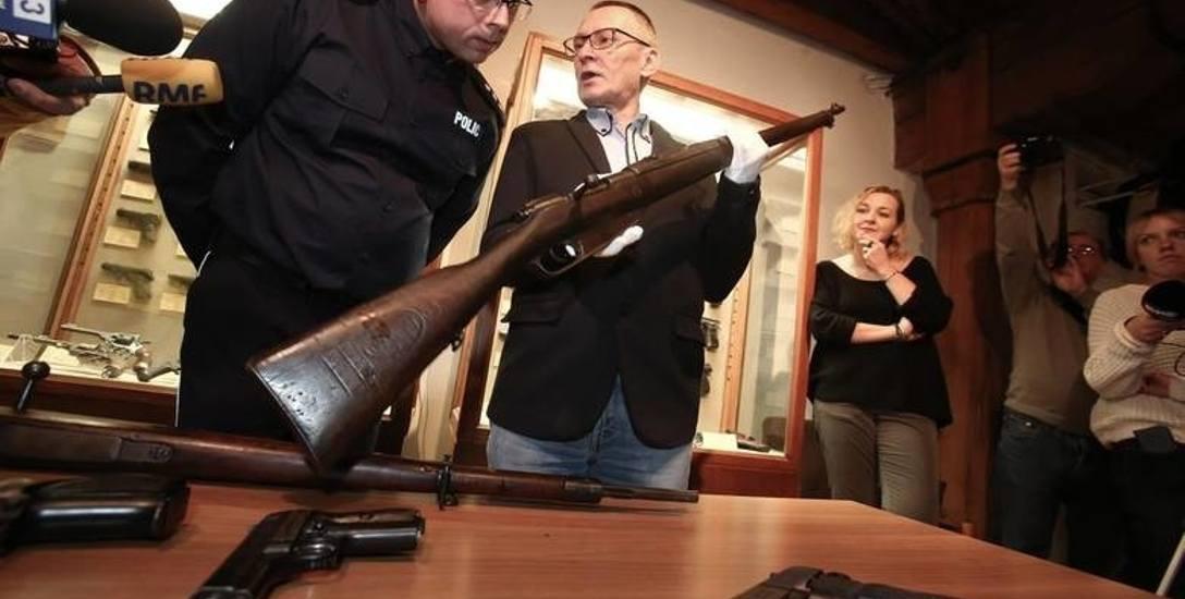 Bywa, że odnajdywana przez policję nielegalna broń, za sprawą swych historycznych walorów i dobrego stanu zachowania, trafia do muzealnych zbiorów