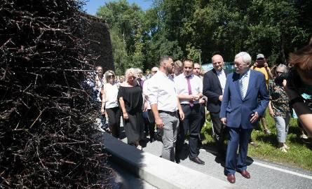 Piotr Kempf i Jacek Majchrowski podczas otwarcia tężni solankowej nad Zalewem Nowohuckim