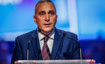 PO walczy o wyborców, PiS atakuje opozycję mocnym przekazem