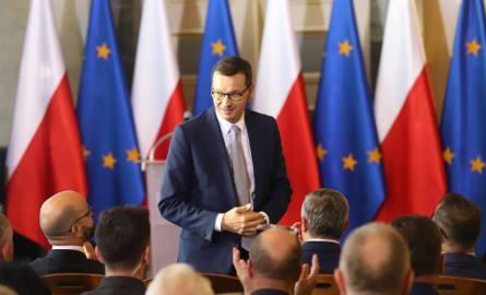 W Śląskim Urzędzie Wojewódzkim odbyło się spotkanie premiera Mateusza Morawieckiego z przedsiębiorcami zrzeszonymi w Regionalnej Izbie Gospodarczej