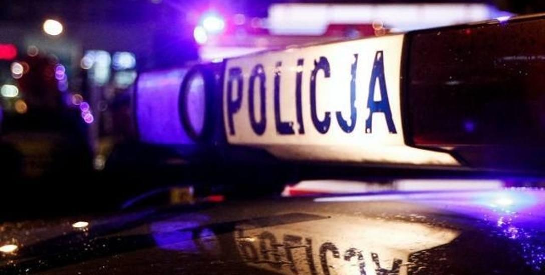 Rybnik: Policjanci uratowali mieszkańców z zadymionego budynku
