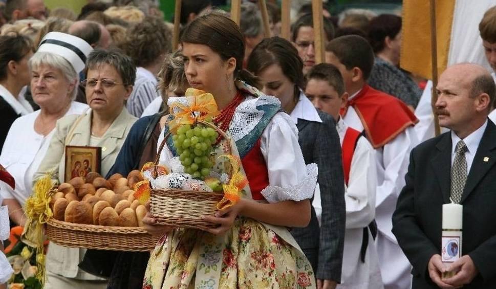 Film do artykułu: Pielgrzymka kobiet do Piekar w niedzielę 20 sierpnia 2017 UTRUDNIENIA, OBJAZDY, PARKOWANIE