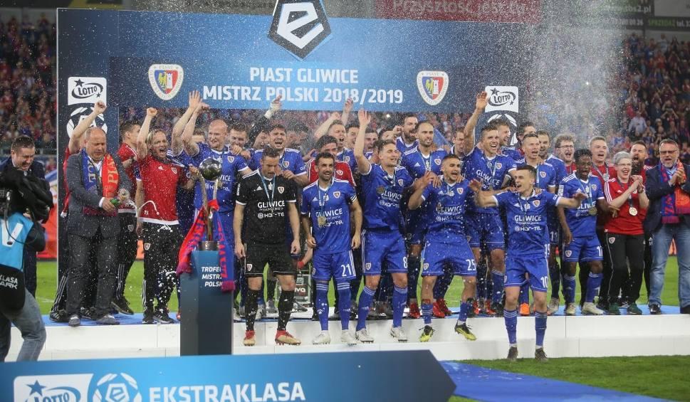 Film do artykułu: Marcin Animucki: Kluby Lotto Ekstraklasy dynamicznie się rozwijają, a ich przychody będą nadal rosły