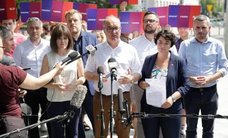 """Wybory parlamentarne 2019. Lewica zaprezentowała """"jedynki"""" w wyborach do Sejmu [KANDYDACI LEWICY]"""