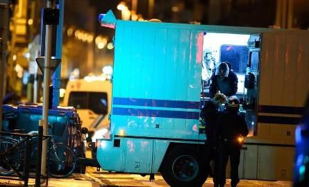 Francja: Strzelanina w Strasburgu. Trzy osoby nie żyją. Sprawca nadal jest poszukiwany