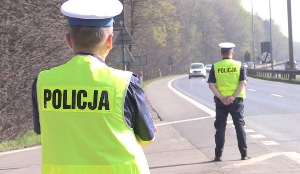 """Film do artykułu: Policjanci wzięli się za """"kopciuchy"""" na naszych drogach. Zatrzymali prawie setkę dowodów rejestracyjnych ZDJĘCIA"""