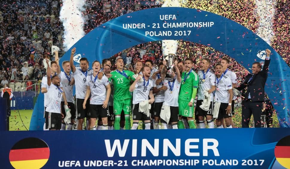 Film do artykułu: Finał Euro U-21 w Krakowie. Niemcy mistrzami, Hiszpania płacze! [ZDJĘCIA]