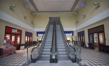 Ruchome schody w hali głównej, niestety, nie były dobrym pomysłem