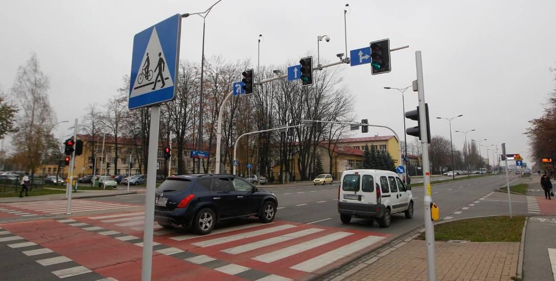 Najnowszy projekt realizowany przez miasto zakłada budowę trzech sygnalizacji świetlnych na Rejtana na odcinku między skrzyżowaniami z ulicą Lwowską