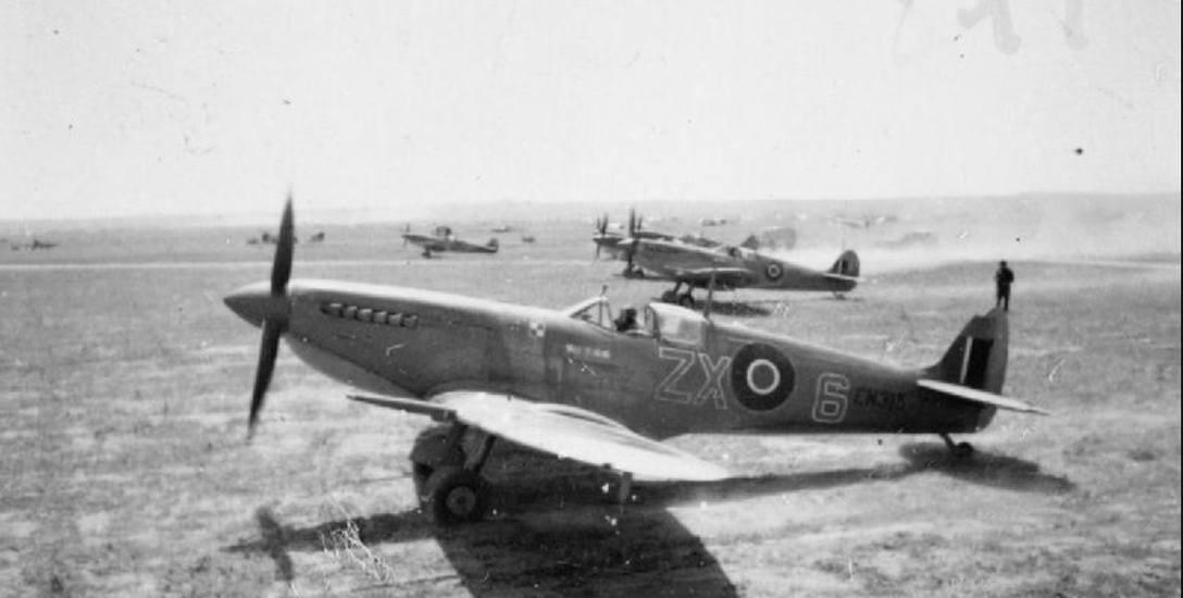 """Supermarine Spitfire Mark IXCs Polskiego Zespołu Myśliwskiego zwanego """"Cyrkiem Skalskiego"""""""