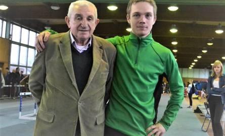 Michał Kalinowski, jeden z czołowych lekkoatletów Olimpii Grudziądz wygrał trójskok (14.09 m) a w skoku w dal zaliczył 6.80 m. i zajął 2. miejsce. Obok
