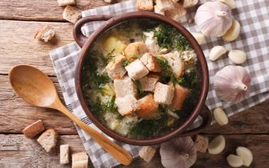 Czeska zupa czosnkowa.