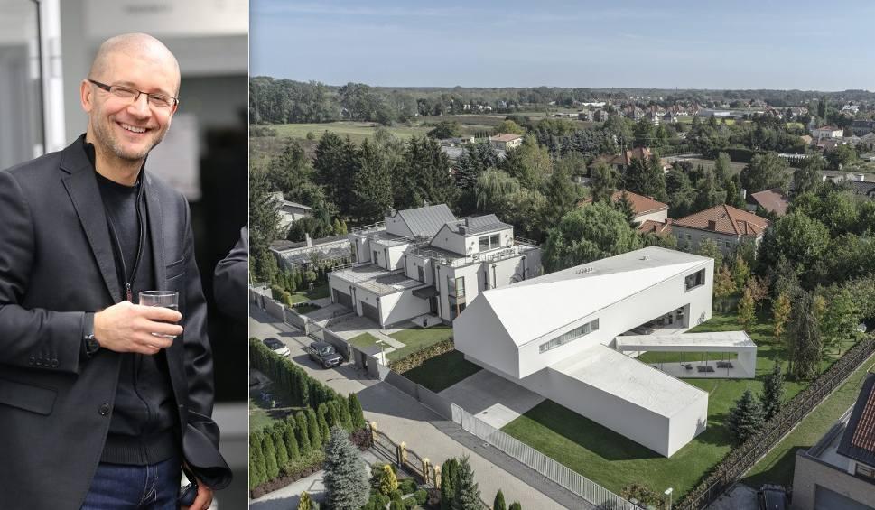Film do artykułu: Robert Konieczny, architekt z Katowic, zdobył nagrodę portalu Architizer za Dom Kwadrantowy w dwóch kategoriach: Dom XXL i inżynieria