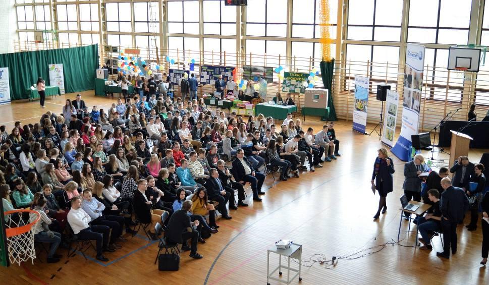 Film do artykułu: Duże zainteresowanie Wiosną Zawodowców w Jędrzejowie
