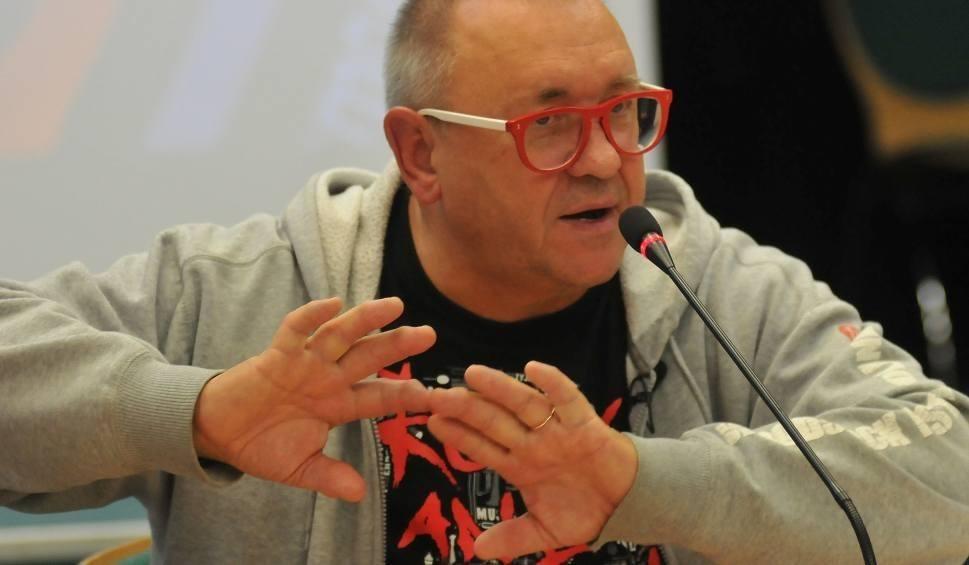Film do artykułu: Jurek Owsiak idzie do sądu z Krystyną Pawłowicz. Posłanka PiS założyła mu trzy sprawy. O co chodzi?