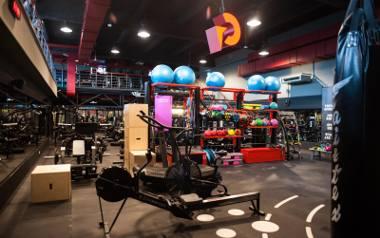 Kluby fitness i siłownie w Krakowie otwarte od 6 czerwca. Przygotowaliśmy zestawienie najlepszych klubów fitness i siłowni według ocen, jakie użytkownicy