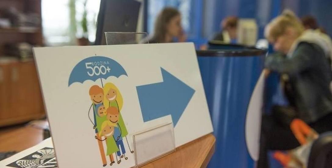 Ponad 830 mln zł trafiło do rodzin z programu 500+