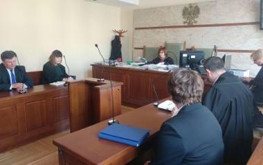 Starosta i wiceprezydent Ostrowca przeciwko sobie w sądzie. Zeznawali inspektor nadzoru budowlanego oraz radni