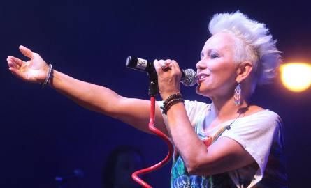 Małgorzata Ostrowska z zespołem zagrała na finał koncertu, potwierdzając swoją nieprzemijającą klasę.