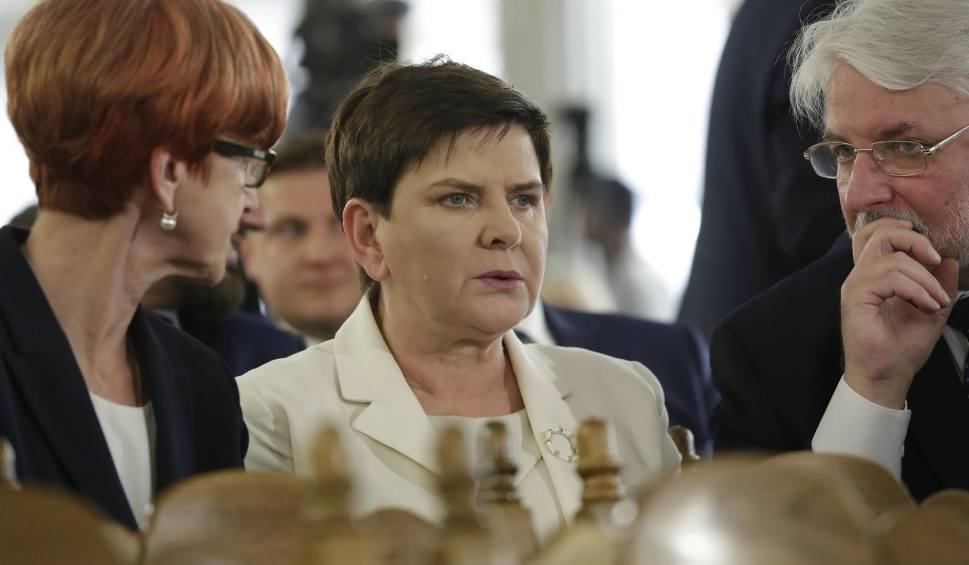 Film do artykułu: Polska stara się o ważne stanowisko w UE. Kto dostanie tekę komisarza? Jakie stanowiska mogliby objąć Polacy? Trzy scenariusze