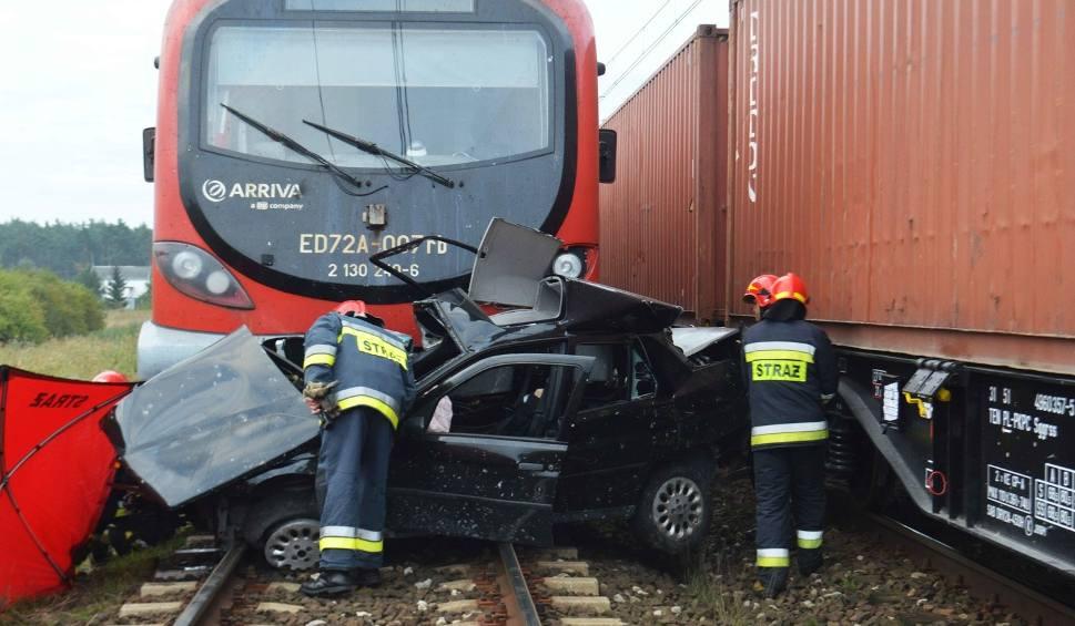 Film do artykułu: Dlaczego doszło do tragedii na przejeździe w Mikanowie?