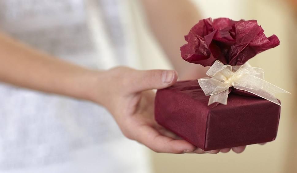 Film do artykułu: Dzień Chłopaka. Kiedy go obchodzimy, co wybrać na prezent?