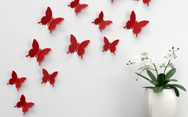 Naklejki na ścianie mogą dawać efekt 3D.