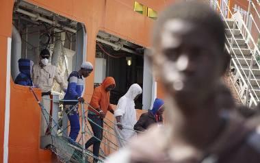 Rzym: Zatonął okręt z migrantami u wybrzeży Libii, zginąć mogło nawet 200 osób