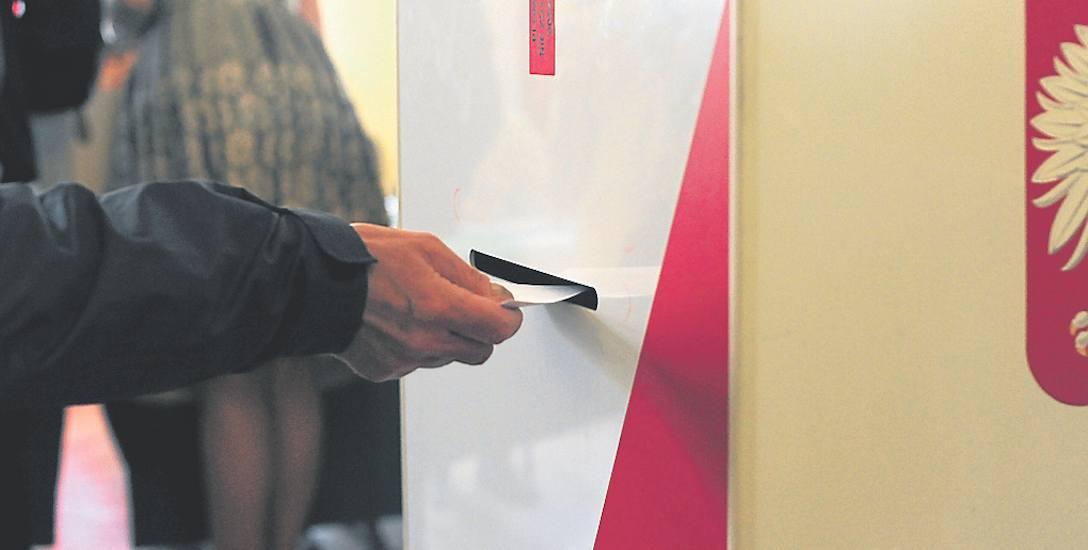 W głosowaniu mieszkańcy zdecydują, czy burmistrz  i radni będą mogli dokończyć kadencję