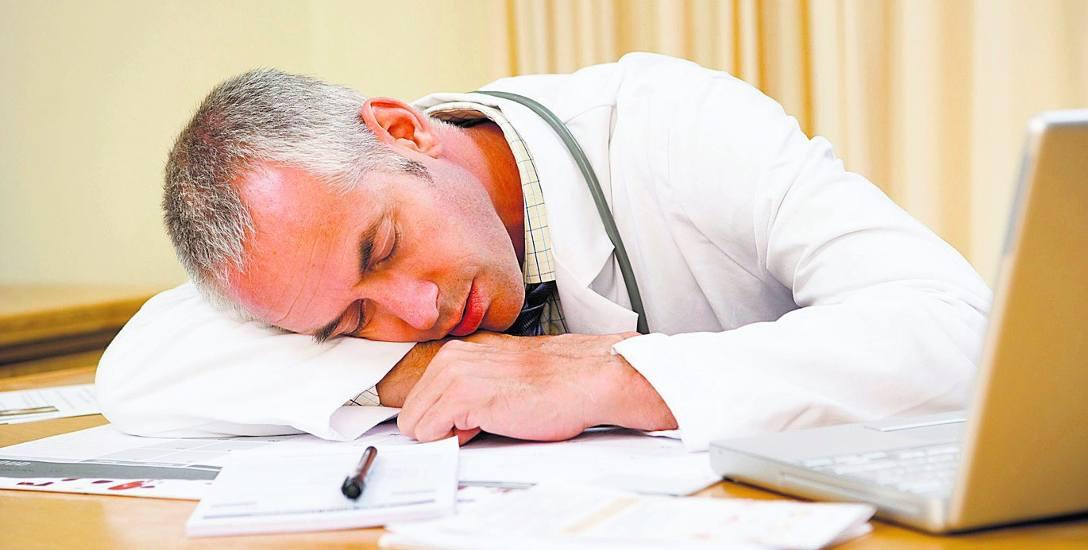 Musimy się liczyć z tym, że za trzy lata w ambulansach ratunkowych Kujawsko-Pomorskiego nie będzie lekarzydr Przemysław Paciorek
