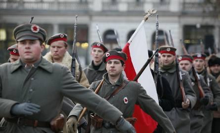 Rekonstrukcja walki powstańców z oddziałami niemieckimi
