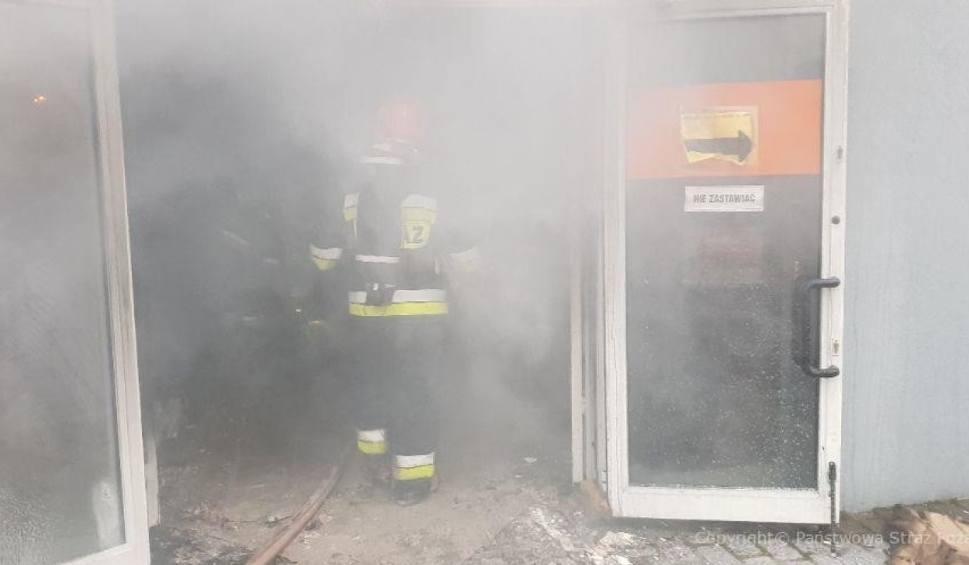 Film do artykułu: Tczew: przez pożar ewakuowano firmy przy ul. Jagiellońskiej 55! [ZDJĘCIA]