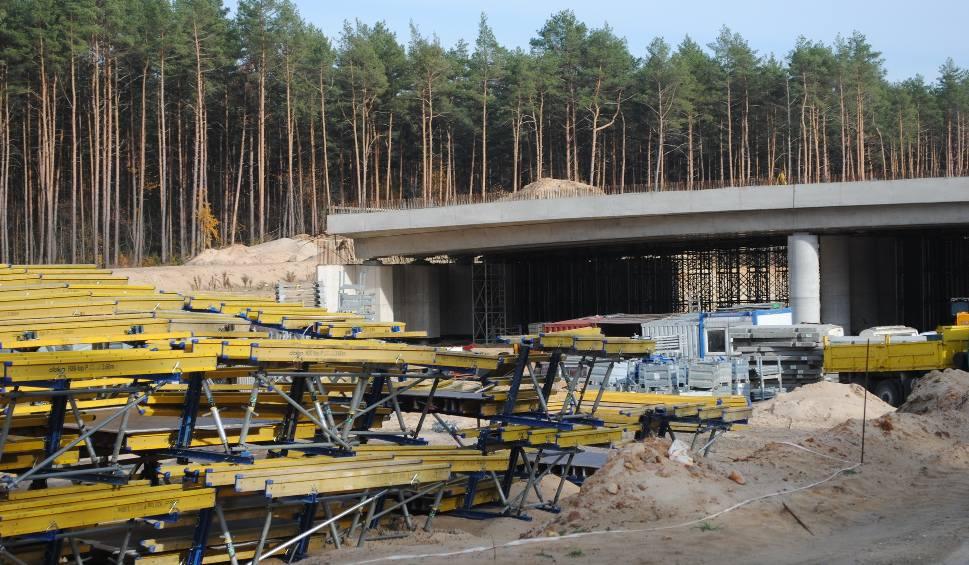 Film do artykułu: Maksymilianowo: S-5 bez wiaduktu. Kierowcy będą musieli jeździć starą drogą
