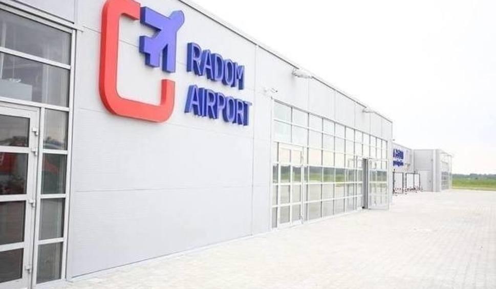 Film do artykułu: Lotnisko w Radomiu. Największe biuro podróży chce latać z lotniska na Sadkowie. Itaka blisko umowy z zarządcą radomskiego portu lotniczego
