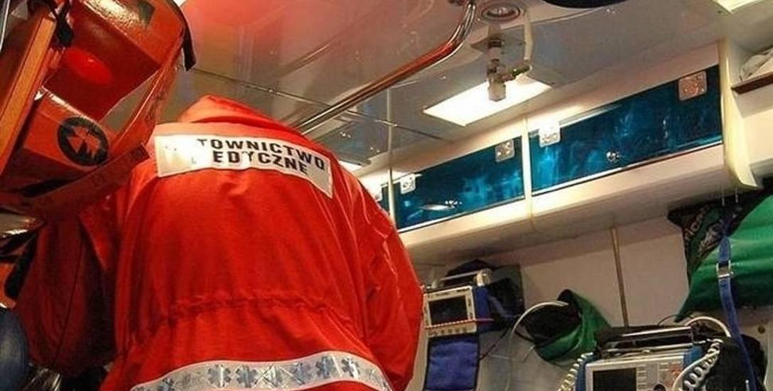 Kamień Pomorski: Pijany pacjent groził ratownikom. Nagle wyciągnął broń...