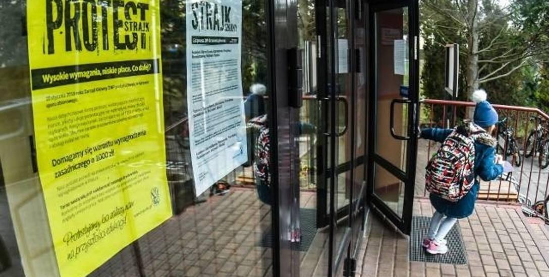 Strajk w szkołach w regionie koszalińskim blisko. Dzieci niech zostaną w domach