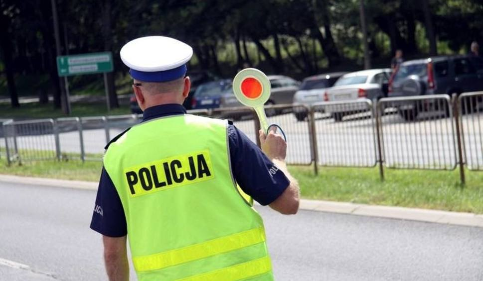 Film do artykułu: Co wyczyniają kierowcy na opolskich drogach? Policja publikuje kolejny film o bezpieczeństwie