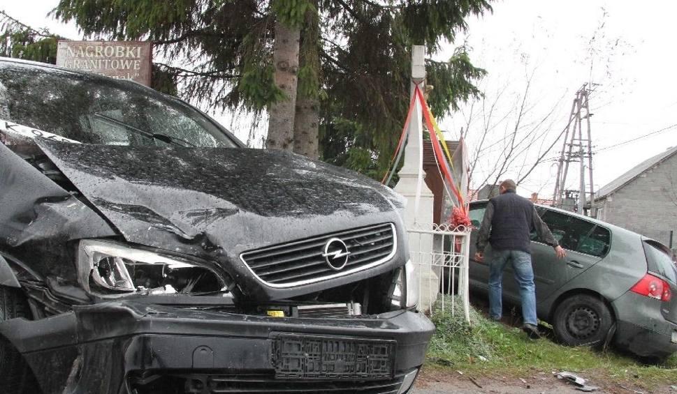 Film do artykułu: Wypadek w Bęczkowie. Jedna osoba ranna