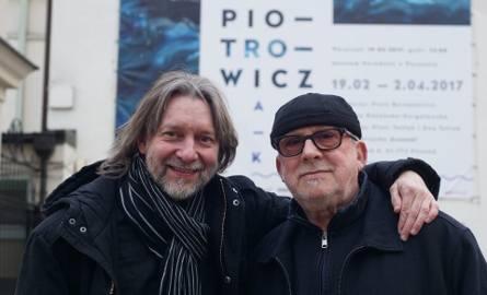 Ryszard Książek (z lewej) i Wojciech Makowiecki robią, co mogą, aby twórczość Jerzego Piotrowicza przybliżać poznaniakom. Obecnie można jego prace obejrzeć